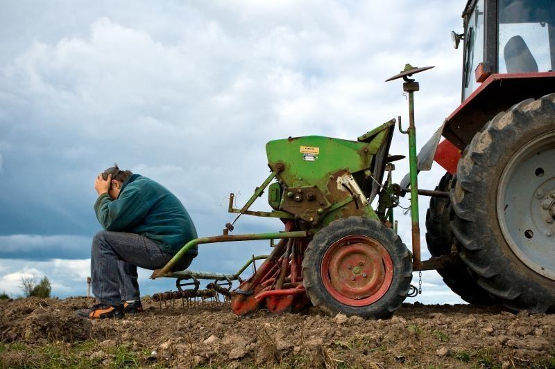 Negavę žadėtų pinigų žemdirbiai nesuduria galo su galu