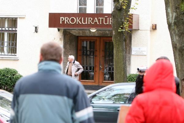 Protestas prieš A.Valantiną Klaipėdoje dėmesio nesulaukė