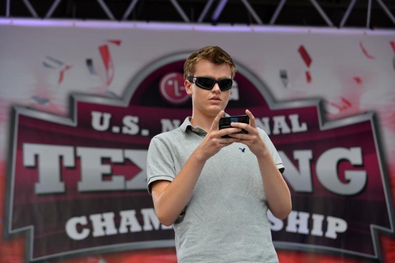 Greičiausiu Amerikoje SMS žinučių rašytoju pripažintas 17-metis