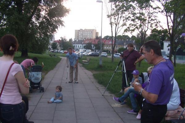 Badautojai parašų rinkimo akciją perkėlė į sostinės gatves