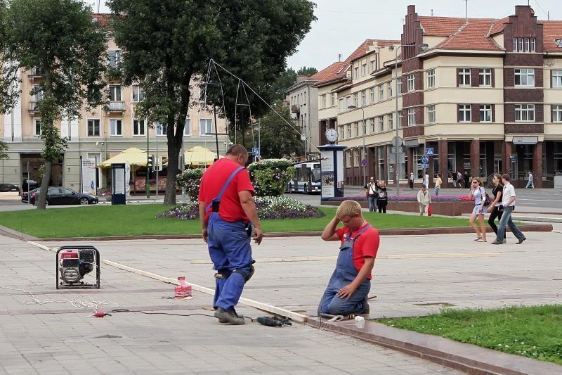 Klaipėdos centrinėse aikštėse karaliaus krepšinis