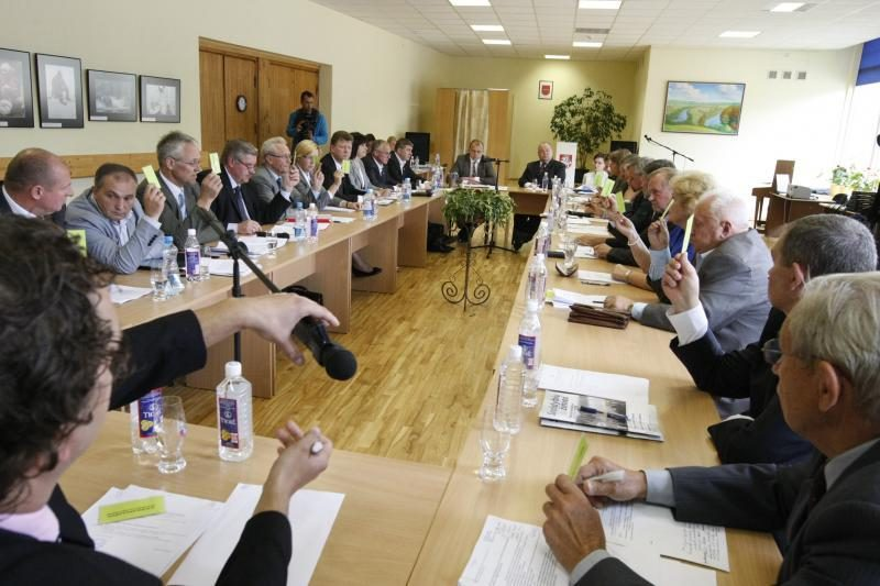 Prasidėjo slaptas balsavimas dėl Klaipėdos rajono mero likimo