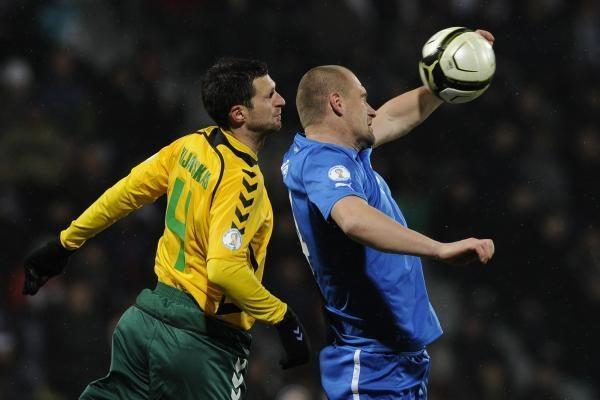 Futbolo rinktinė grįžo kovingai: Slovakija - Lietuva 1:1