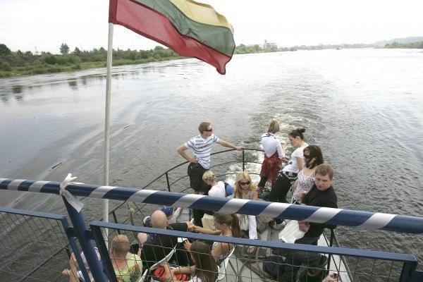 Įspūdžiai iš kelionės laivu panemuniais