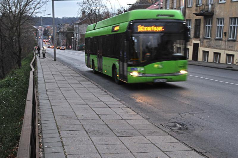 Dėl speigo šiąnakt kursuos troleibusai ir autobusai