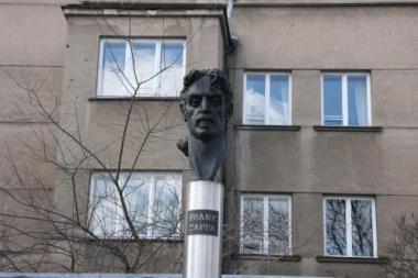 F.Zappos gimtinėje JAV atidengta lietuvių dovanota skulptūra