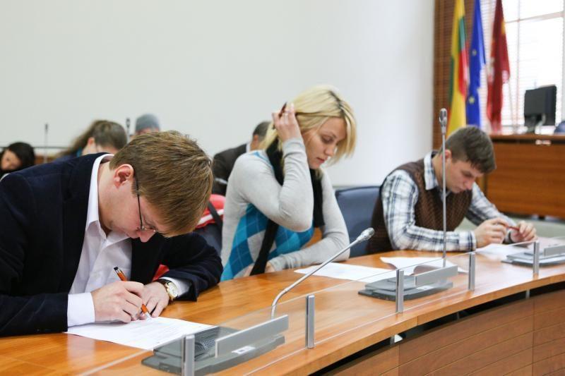Konstitucijos egzaminas - graži pilietinė akcija