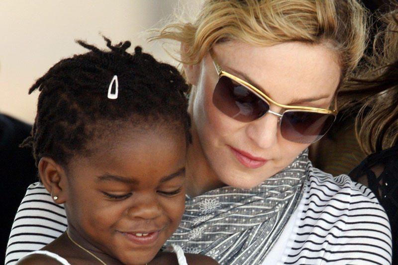 Madonna sugrįžta prie mokyklų statybų Malavyje projekto
