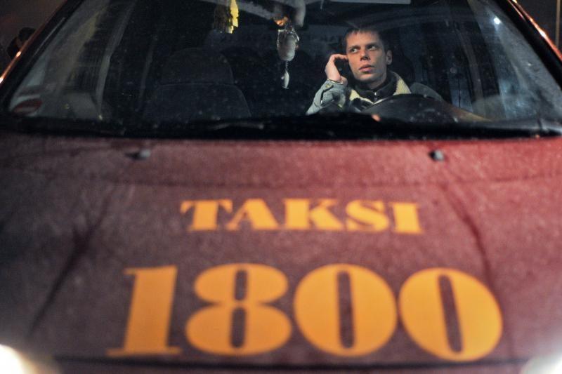 Kitų miestų taksistų Vilniaus rinka nevilioja