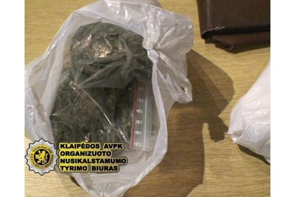 Prieš teismą stos narkotikų prekeiviai