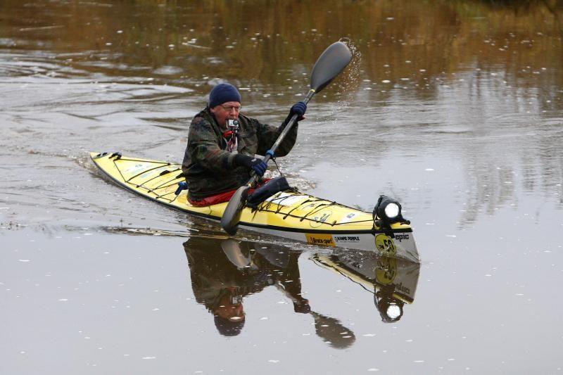 Valios triumfas: 170 kilometrų lediniu Neries vandeniu