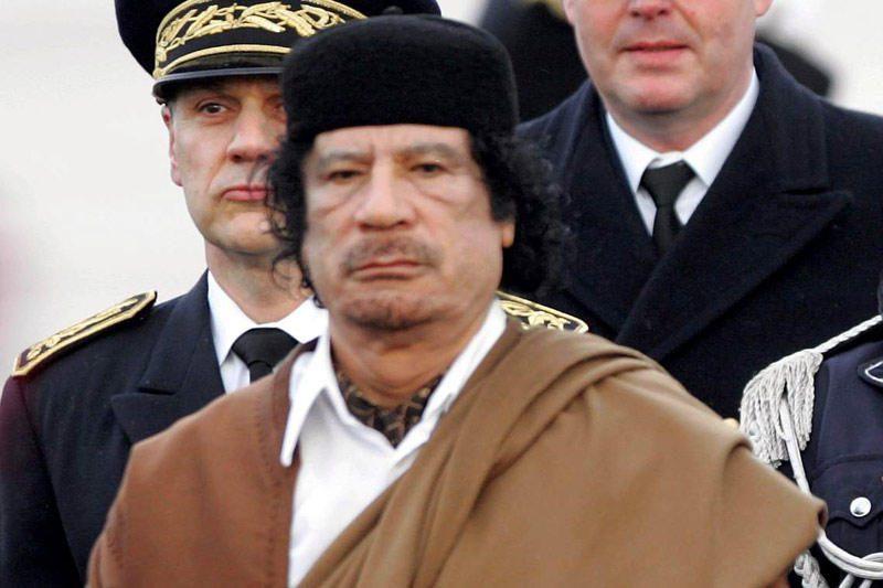 Libijos sukilėliai paėmė į nelaisvę trečią Kadhafio sūnų