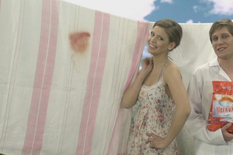 Dileta Meškaitė prieš TV kameras nepabūgo nusimesti drabužių