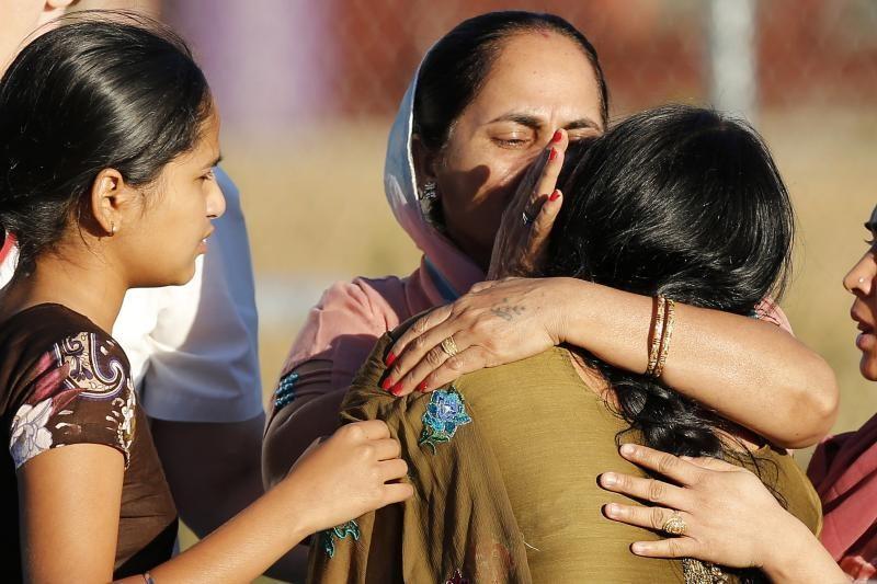 """JAV sikhų šventyklos užpuolikas buvo """"nusivylęs neonacis"""""""