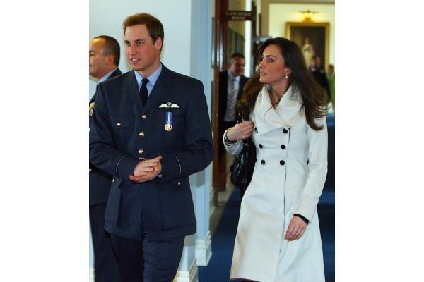 Britanijos princas Williamas kitąmet ves ilgametę draugę K.Middleton