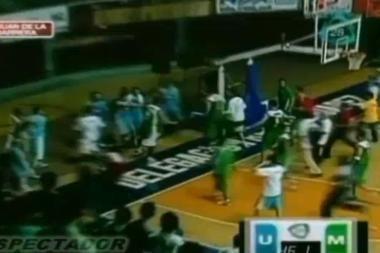 Krepšinio aikštelėje užvirė masinės muštynės