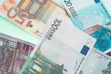 Euro zonos skolų problemos daro spaudimą Europos ir JAV sesijoms
