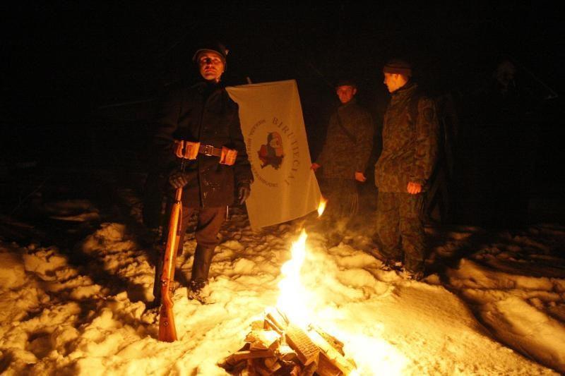 Nakties žygis 1923-ųjų metų sukilėlių kelias neišgąsdino drąsiausių