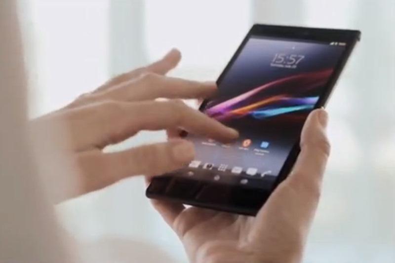 """""""Sony"""" greit pasiūlys ir savąjį išmaniojo telefono ir planšeto hibridą"""