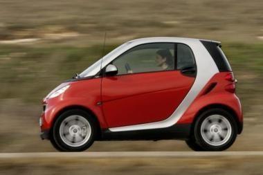Mažų automobilių rinka skaičiuoja nuostolius