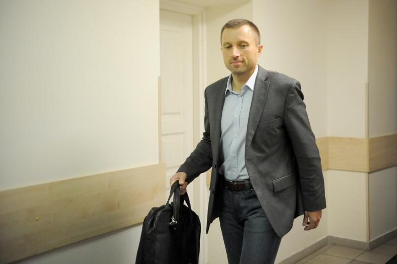 Teismas nurodė grąžinti V. Giržadą į darbą FNTT