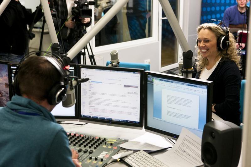 V.Tarasovienė tiesioginiame radijo eteryje pravirkdė septyniolikmetę
