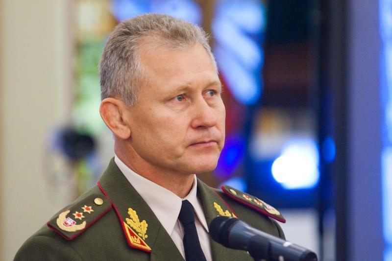 """Prezidentė su Lietuvos kariuomenės vadu aptarė """"meškiukų incidentą"""""""
