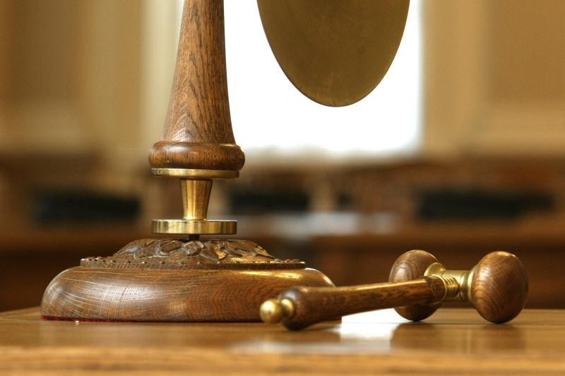 Klaipėdietis nepilnametis grasino susidoroti su teisėjais