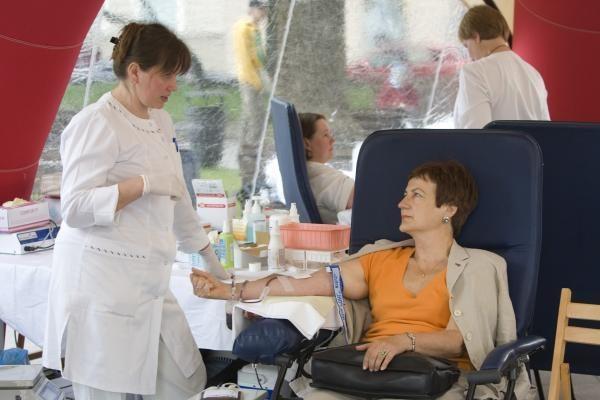 Kraujo donorų akcijoje surinkta 100 kraujo maišelių