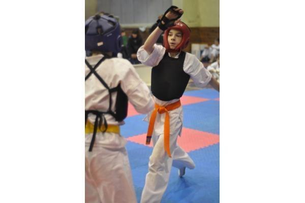 Klaipėdiečiai siautė Latvijos karate čempionate