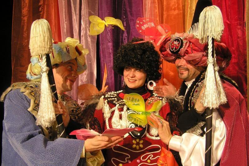 """Teatrų festivalį """"Ledinė zylutė"""" užbaigs pasakos"""