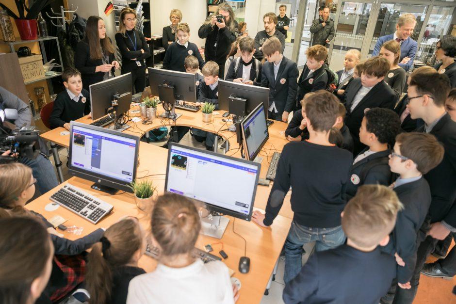 Kiekvienoje Vilniaus mokykloje – atviros mikrokompiuterių erdvės
