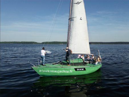 Skelbimas - jachtos nuoma Kauno mariose 8 684 21431