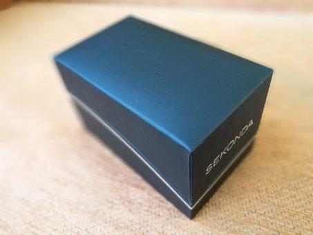 Skelbimas - SEKONDA tvirta ir kokybiška klasika firminėje dėžutėje