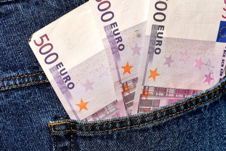 Patiklios senjorės prarado tūkstančius eurų