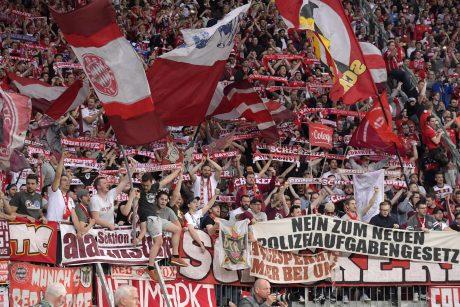 Keliaujantiems per Lietuvą futbolo fanams ypatingų palengvinimų nebus