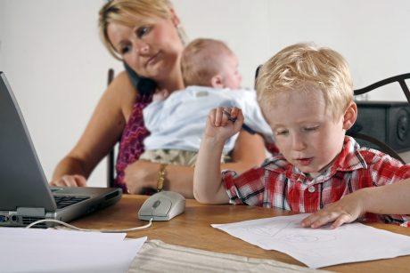 Kur vasarą tėvams kreiptis pagalbos dėl vaikų auklėjimo?
