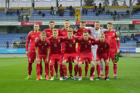 Lietuvos futbolo rinktinė svečiuose sužaidė lygiosiomis su Azerbaidžanu