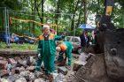 Paminkliniai akmenys grįžta į senąsias žydų kapines