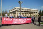 Profsąjungų protestas prie Seimo