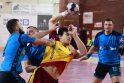 """Pasirinkimas: """"Ąžuolo-KTU"""" rankininkai (mėlynos spalvos marškinėliai) abejas rungtynes su """"Dukla"""" žaidė Prahoje."""