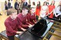 Garliavos meno mokykloje skambėjo išleistuvių melodijos