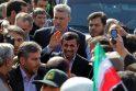 """Iraniečiai revoliucijos dieną: """"Mirtis Amerikai"""", """"Mirtis Izraeliui"""""""