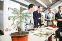 Moksleivių bendrovių mugėje karaliavo ekologija