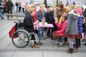 Neįgalieji sveikuosius mokė tolerancijos