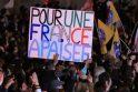 """F.Hollande'as sveikina """"kylantį judėjimą"""" prieš griežtą taupymą"""