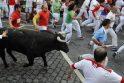 Pamplonoje trečiąją tradicinio bulių bėgimo dieną subadytas britas