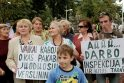 Žmonės protestavo prieš olandų atrakcionus (papildyta)