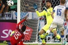 Anglijos futbolininkams lygiosios su Slovakija garantavo vietą aštuntfinalyje