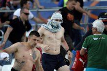 Rusijos politikas Marselyje smurtavusiems rusų chuliganams: šaunuoliai!
